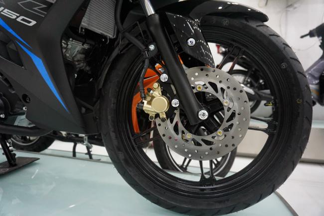 Ảnh thực tế 2019 Yamaha Exciter RC tại đại lý, giá từ 47 triệu đồng 1546631411
