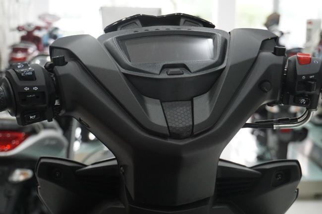 Ảnh thực tế 2019 Yamaha Exciter RC tại đại lý, giá từ 47 triệu đồng 1546631412