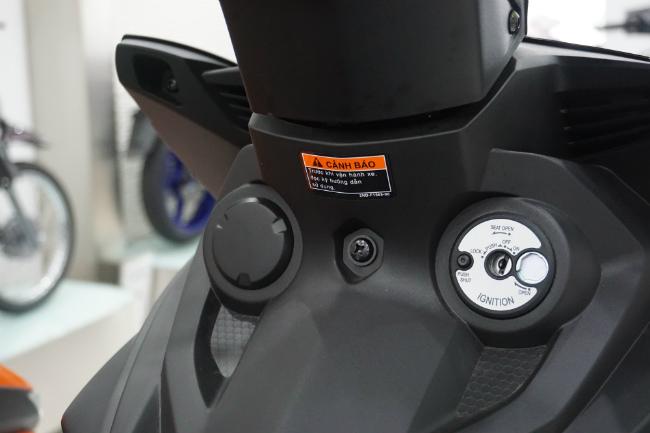 Ảnh thực tế 2019 Yamaha Exciter RC tại đại lý, giá từ 47 triệu đồng 1546631413