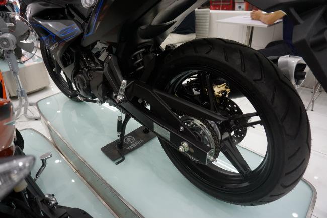 Ảnh thực tế 2019 Yamaha Exciter RC tại đại lý, giá từ 47 triệu đồng 1546631417