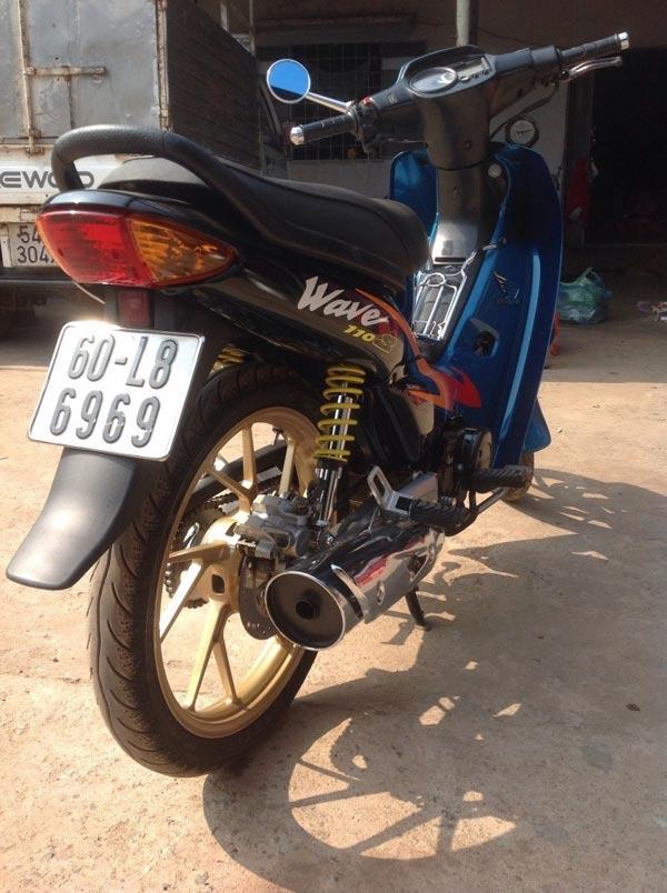 """Honda Wave 110 - Thú chơi """"vang bóng một thời"""" của thanh niên Việt 1546545444"""