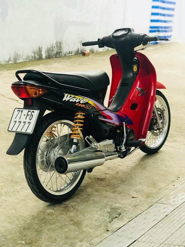 """Honda Wave 110 - Thú chơi """"vang bóng một thời"""" của thanh niên Việt 1546545446"""